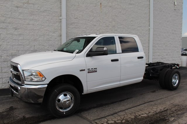 2018 Ram 3500 Crew Cab DRW 4x2,  Cab Chassis #DR8282 - photo 1