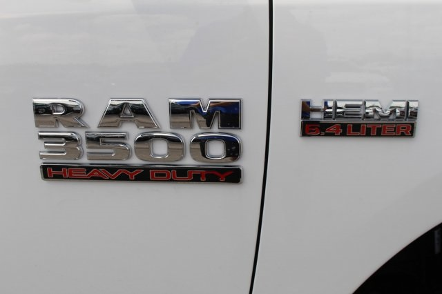 2018 Ram 3500 Crew Cab DRW 4x2,  Cab Chassis #DR8285 - photo 6