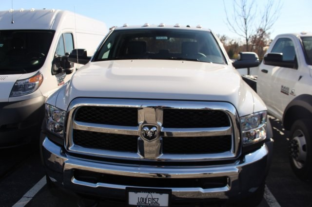2018 Ram 4500 Crew Cab DRW 4x2,  Cab Chassis #DR8473 - photo 3