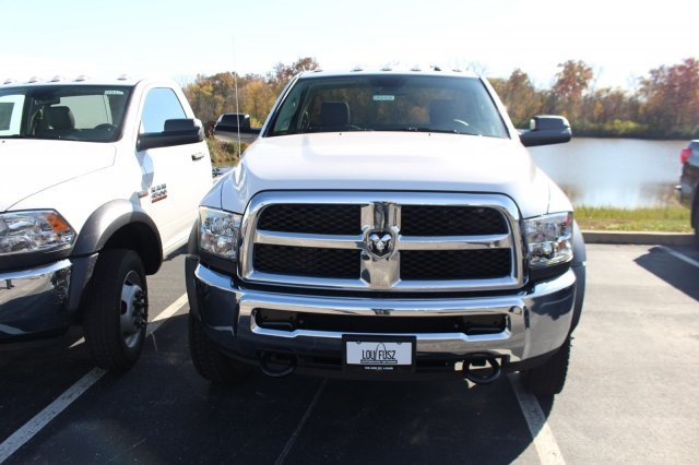 2018 Ram 4500 Regular Cab DRW 4x4,  Cab Chassis #DR8480 - photo 3