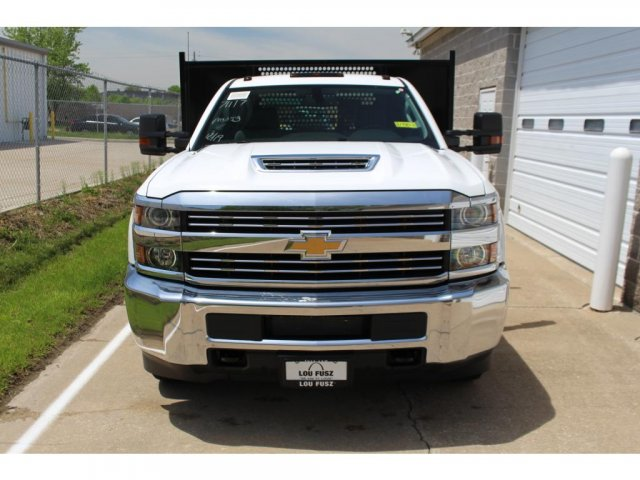 2018 Silverado 3500 Regular Cab DRW 4x2,  Reading Platform Body #C181390S - photo 3