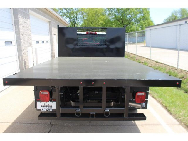 2018 Silverado 3500 Regular Cab DRW 4x2,  Reading Platform Body #C181390S - photo 2