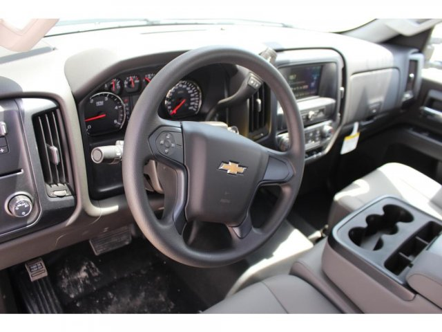 2018 Silverado 3500 Regular Cab DRW 4x2,  Reading Platform Body #C181390S - photo 7