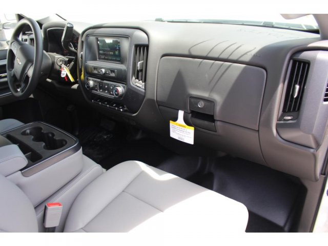 2018 Silverado 3500 Regular Cab DRW 4x2,  Reading Platform Body #C181390S - photo 9