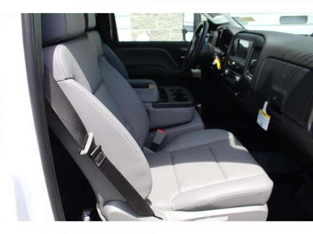 2018 Silverado 3500 Regular Cab DRW 4x2,  Reading Platform Body #C181390S - photo 10