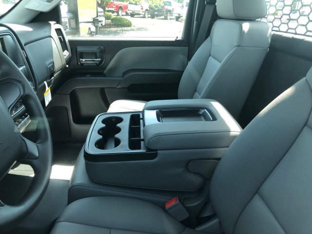 2018 Silverado 3500 Regular Cab DRW 4x2,  Knapheide Platform Body #C181560S - photo 6