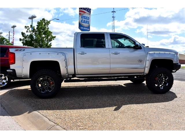 2017 Silverado 1500 Crew Cab 4x4, Pickup #HG326529 - photo 3