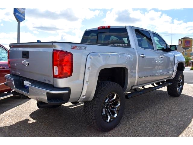 2017 Silverado 1500 Crew Cab 4x4, Pickup #HG326529 - photo 2