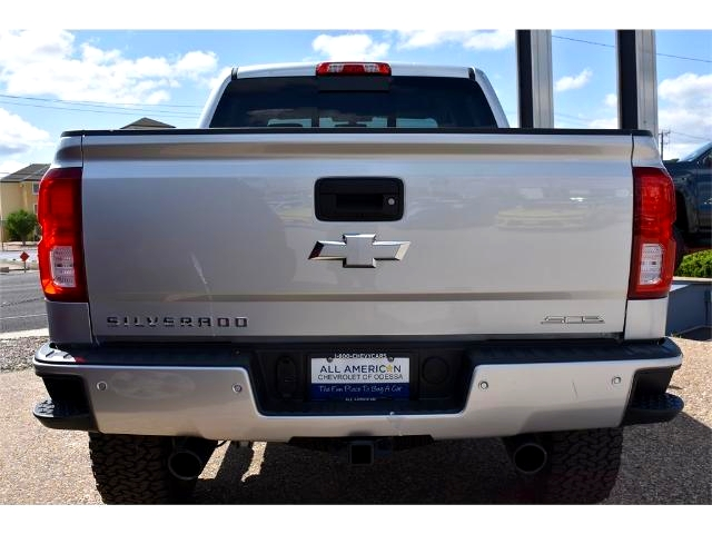 2017 Silverado 1500 Crew Cab 4x4, Pickup #HG326529 - photo 4