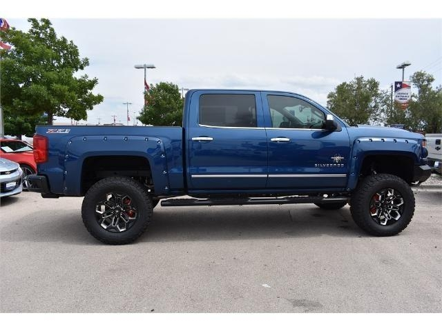 2017 Silverado 1500 Crew Cab 4x4, Pickup #HG414538 - photo 3