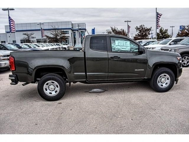 2018 Colorado Extended Cab 4x2,  Pickup #J1110863 - photo 12
