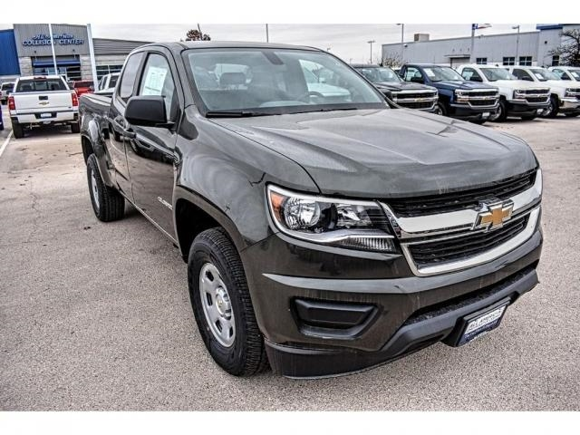 2018 Colorado Extended Cab, Pickup #J1110863 - photo 3