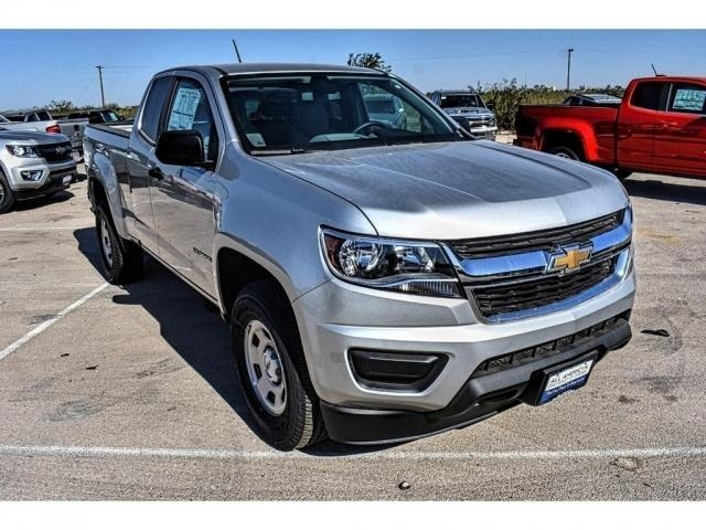 2018 Colorado Extended Cab 4x2,  Pickup #J1113117 - photo 3