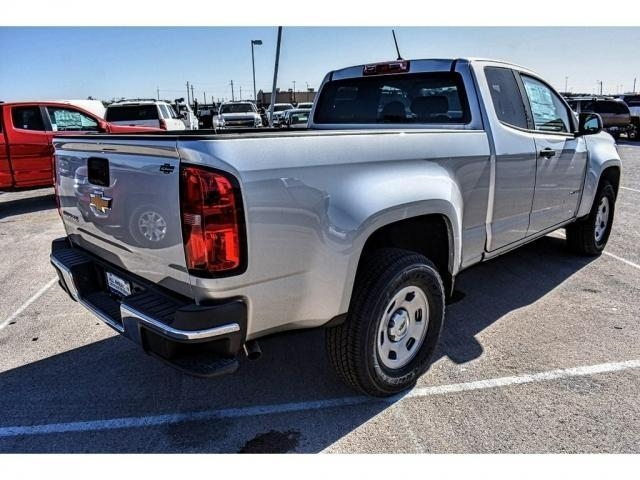 2018 Colorado Extended Cab 4x2,  Pickup #J1113117 - photo 2
