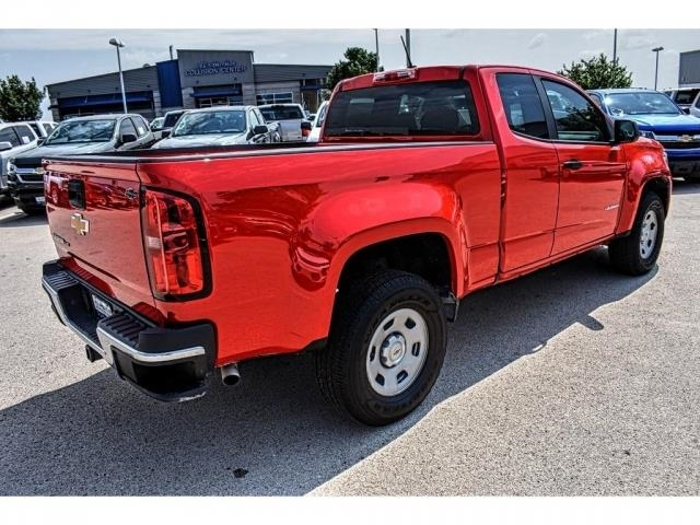 2018 Colorado Extended Cab 4x2,  Pickup #J1169039 - photo 2