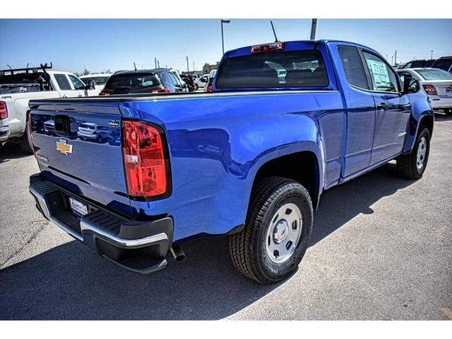 2018 Colorado Extended Cab 4x2,  Pickup #J1225208 - photo 2