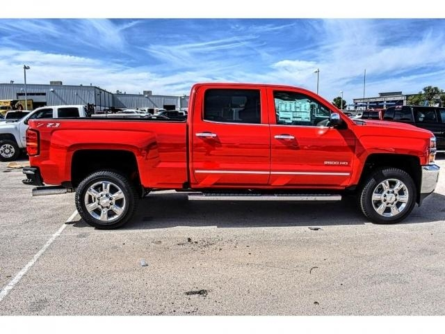 2018 Silverado 2500 Crew Cab 4x4 Pickup #JF131150 - photo 12