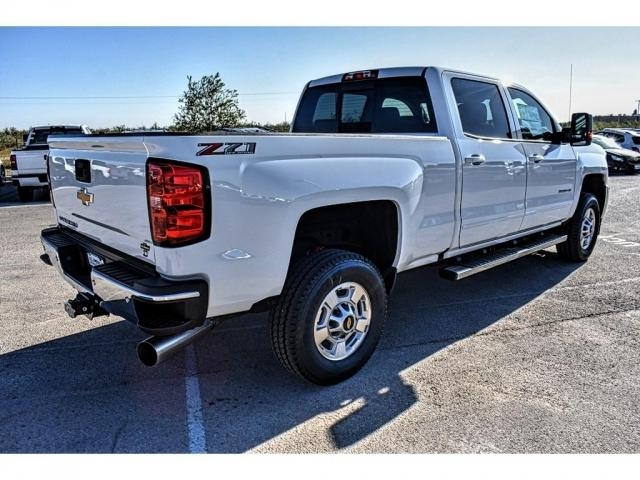 2018 Silverado 2500 Crew Cab 4x4, Pickup #JF150472 - photo 2