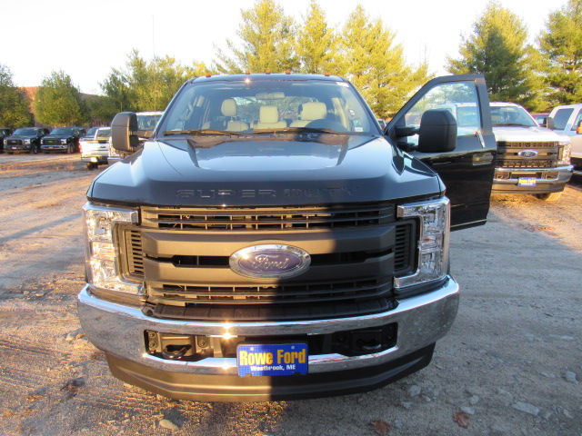 2017 F-250 Crew Cab 4x4, Pickup #169250 - photo 3