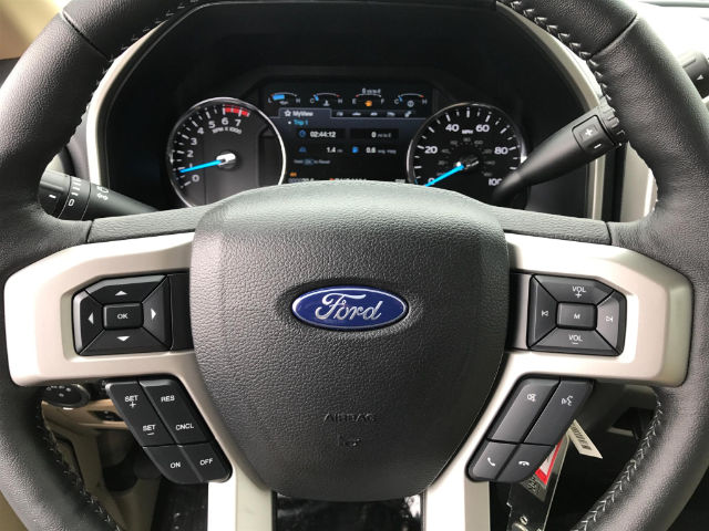 2017 F-250 Super Cab 4x4 Pickup #174286 - photo 17