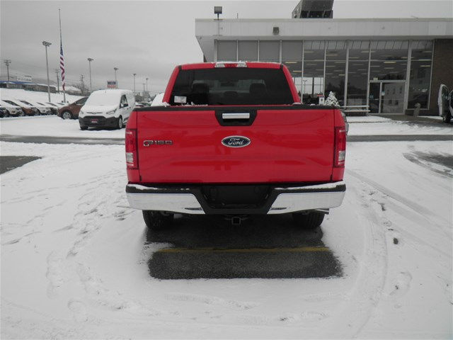 2017 F-150 Crew Cab 4x4 Pickup #174462 - photo 8