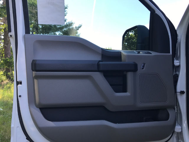 2017 F-150 Regular Cab 4x4 Pickup #174637 - photo 7