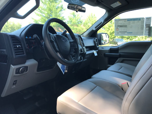 2017 F-150 Regular Cab 4x4 Pickup #174637 - photo 8