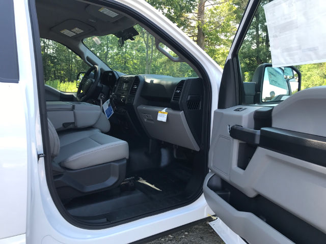 2017 F-150 Regular Cab 4x4 Pickup #174637 - photo 4