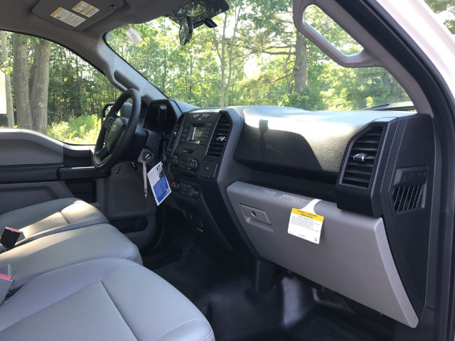 2017 F-150 Regular Cab 4x4 Pickup #174637 - photo 5