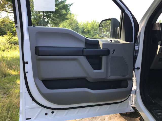 2017 F-150 Regular Cab 4x4 Pickup #174639 - photo 10