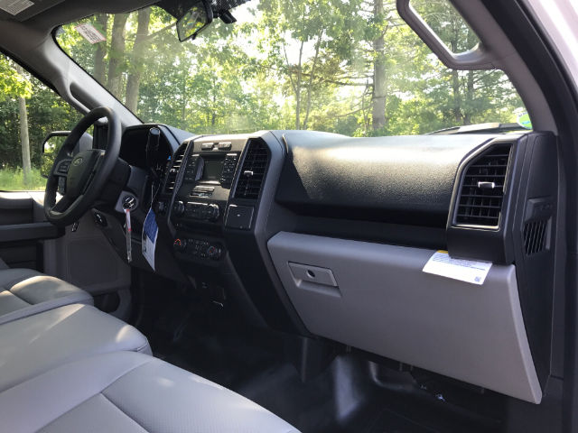 2017 F-150 Regular Cab 4x4 Pickup #174639 - photo 8