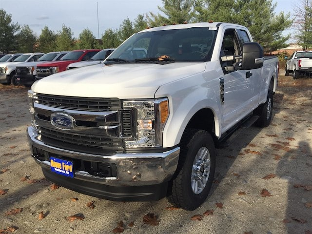 2017 F-250 Super Cab 4x4, Pickup #174782 - photo 3