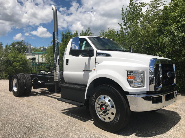 2017 F-750 Regular Cab Cab Chassis #179536 - photo 2