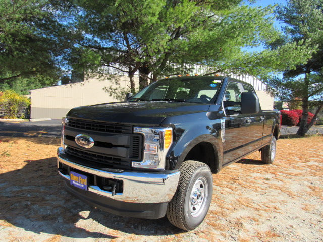 2017 F-250 Crew Cab 4x4 Pickup #179541 - photo 4