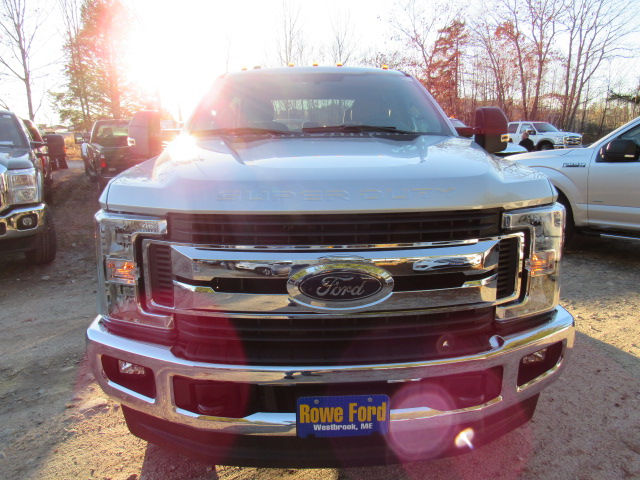 2017 F-250 Crew Cab 4x4, Pickup #179545 - photo 3