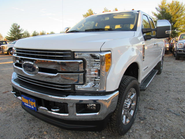2017 F-250 Super Cab 4x4, Pickup #179547 - photo 4