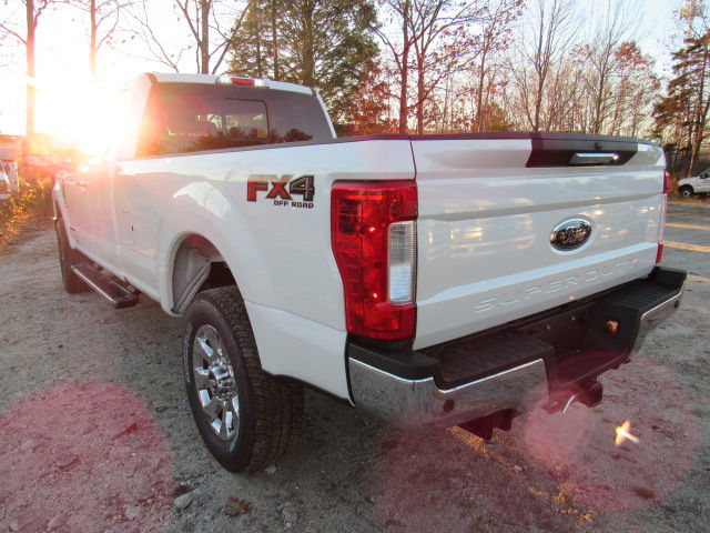 2017 F-250 Super Cab 4x4, Pickup #179547 - photo 6