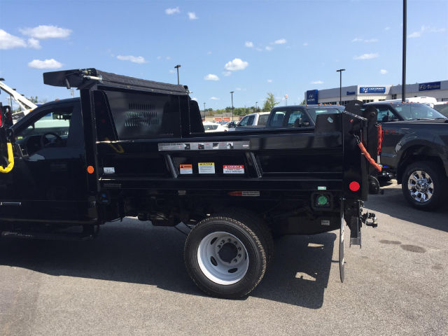 2017 F-550 Regular Cab DRW 4x4, Reading Dump Body #179606 - photo 7