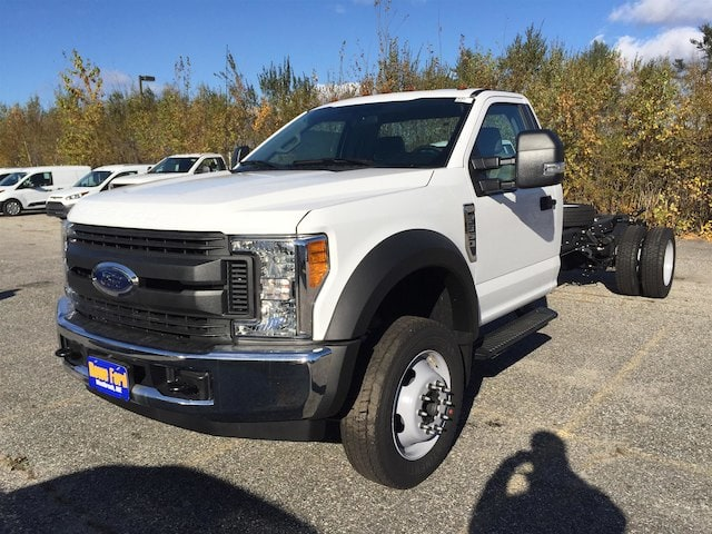 2017 F-550 Regular Cab DRW Cab Chassis #179701 - photo 3