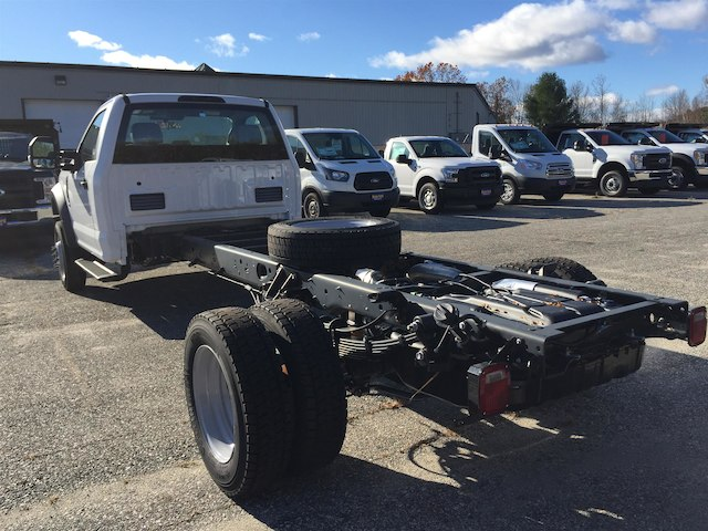 2017 F-550 Regular Cab DRW Cab Chassis #179701 - photo 4
