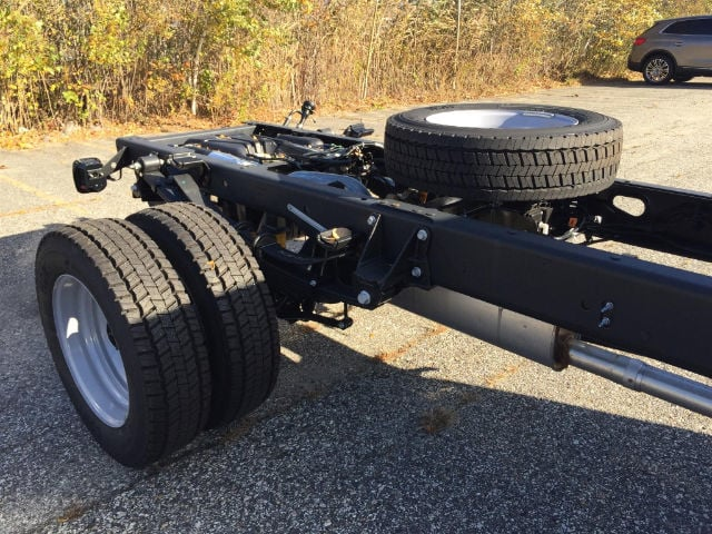 2017 F-550 Regular Cab DRW Cab Chassis #179701 - photo 7