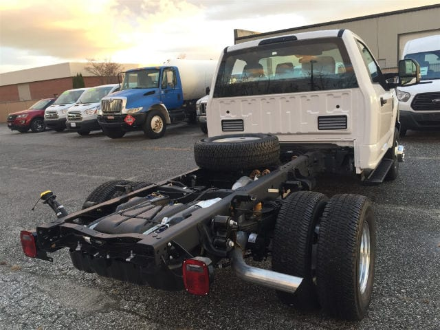 2017 F-350 Regular Cab DRW 4x4 Cab Chassis #179705 - photo 2