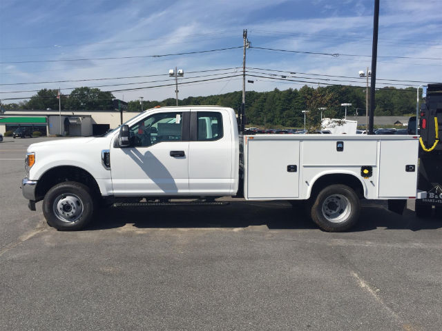 2017 F-350 Super Cab DRW 4x4, Knapheide Service Body #179711 - photo 4