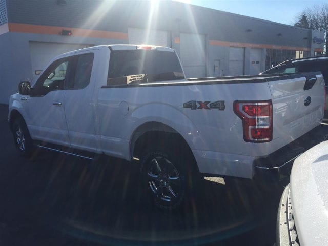 2018 F-150 Super Cab 4x4, Pickup #184097 - photo 4