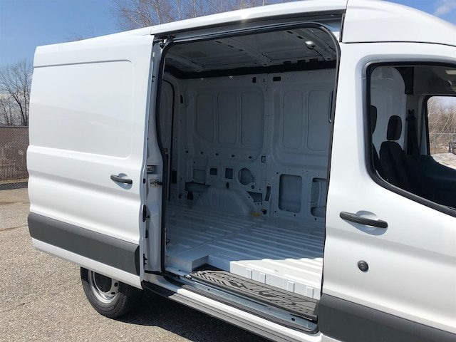 2018 Transit 250 Med Roof,  Empty Cargo Van #189131 - photo 6