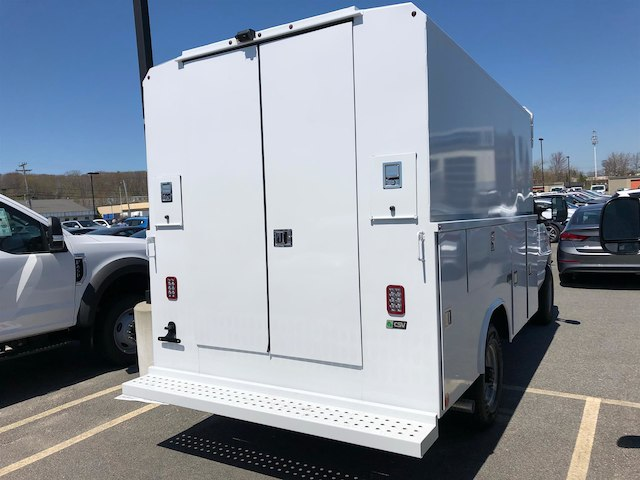 2018 E-350, Reading Service Utility Van #189155 - photo 2