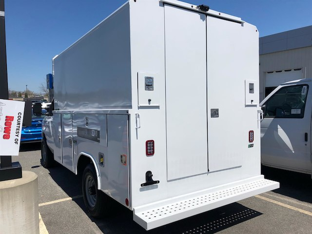 2018 E-350, Reading Service Utility Van #189155 - photo 3