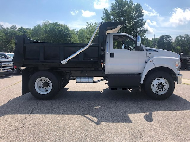 2018 F-650 Regular Cab DRW 4x2,  Rugby Dump Body #189178 - photo 3