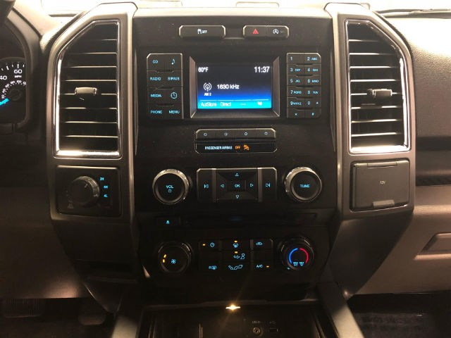 2015 F-150 Super Cab 4x4, Pickup #18P151 - photo 16
