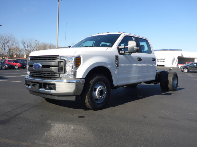 2018 F-350 Crew Cab DRW, Cab Chassis #B03664 - photo 1